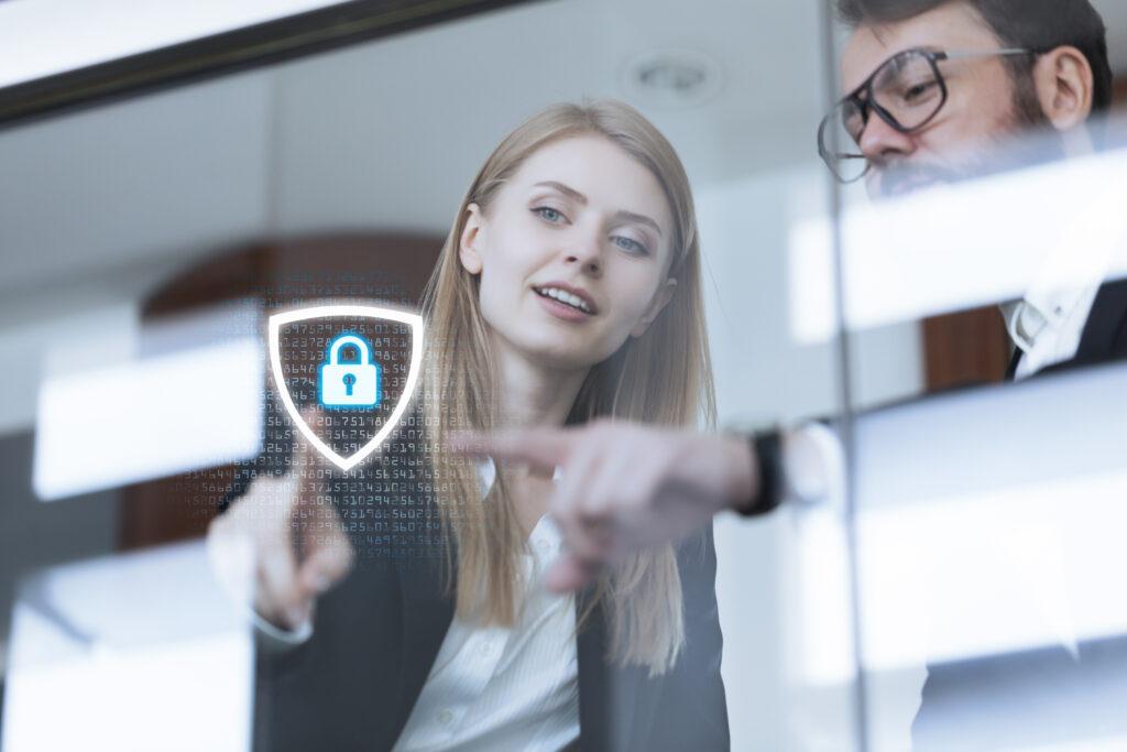 Bezpieczeństwo danych w firmie – w jaki sposób o nie zadbać?